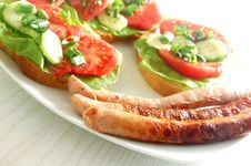 Free Plate With Sandwiches Stock Photography - 2454392