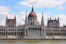 Free Budapest, Hungary Royalty Free Stock Photo - 24501615