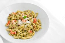 Free Pasta With Pesto Royalty Free Stock Images - 24504219