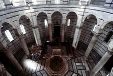 Free Baptistery - Pisa Royalty Free Stock Photo - 24513555