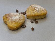Free Heart-shaped Cake Of Raisins Royalty Free Stock Image - 24549066