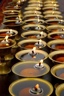 Free Candle Lights Of The Sichuan Emei Stock Image - 24563461
