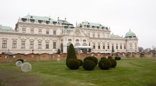 Free Belvedere Palace In Vienna Stock Photo - 24576810
