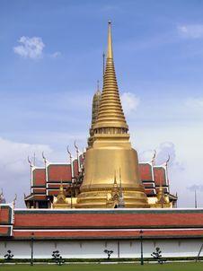 Free Wat Phra Kaew, Bangkok Thailand. Royalty Free Stock Photos - 24585408