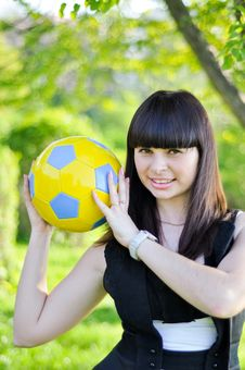 Free Beautiful Ukrainian Girl With A Ball Royalty Free Stock Image - 24586586