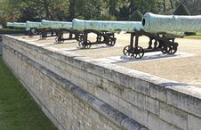 Free French Cannons Royalty Free Stock Photography - 24589937