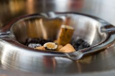 Free Ash-Tray Stock Photography - 2461012
