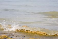 Free Small Waterwaves Stock Photography - 2461292