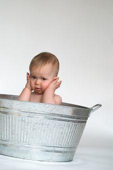 Free Tub Baby Royalty Free Stock Photos - 2466898