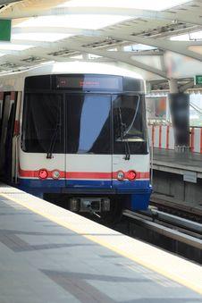 Free Sky Train Royalty Free Stock Photo - 24610285