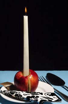 Free Candle Apple Royalty Free Stock Photos - 24615288