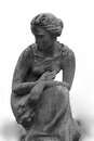 Free Statue Of Women On Tomb Royalty Free Stock Image - 24662596