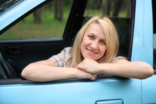 Free Smiling Young  Woman In The Car Royalty Free Stock Photo - 24660685