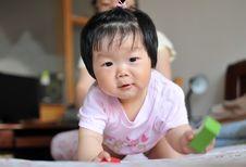 Free Baby Girl Royalty Free Stock Photos - 24663098