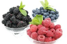 Free Berries Royalty Free Stock Images - 24673669