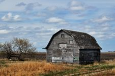 Free Abandoned Barn Stock Photography - 24690102