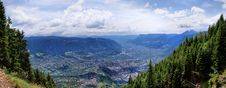 Free The Adige Valley In South Tyrol Royalty Free Stock Photo - 24699345