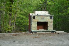 Free Abandoned Fireplace Royalty Free Stock Photos - 2473298
