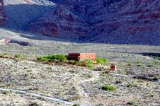 Free Adobe House In Red Rock Canyon Stock Photography - 2475282