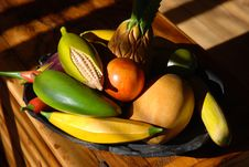 Free Fruit Bowl Artificial Stock Images - 2479384