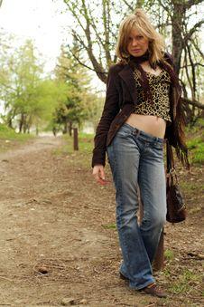 Free Beautiful Girl Walking Stock Photography - 2479482