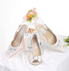 Free Bride S Shoes Royalty Free Stock Photos - 24709178