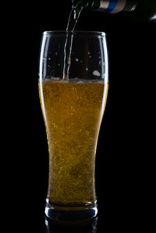 Free Pouring Beer Stock Photos - 24743753