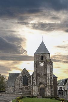 Free Medieval Church Royalty Free Stock Photography - 24743817