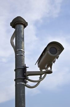 Free Surveillance Security Camera Or CCTV Royalty Free Stock Photo - 24745625