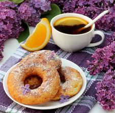 Free Sweet Donuts And Tea With Orange Stock Photo - 24753790