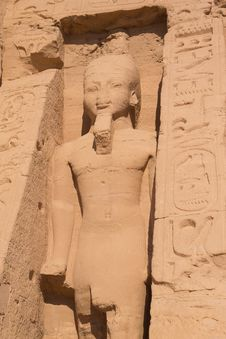 Statue Of Queen In Abu Simbel Temple &x28;Egypt&x29; Stock Photos