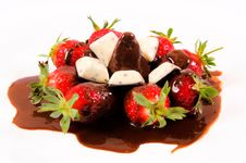 Free Berry Chocolate Stock Photography - 24794602