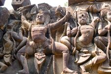 Free Leper King Dance Statues Royalty Free Stock Image - 2480026
