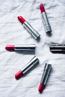 Free Cold Lipsticks Ray Royalty Free Stock Images - 2485089