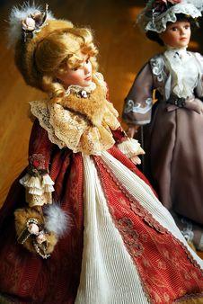 Free Two Elegant Lady Dolls Stock Photography - 2489542