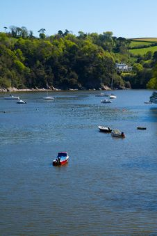 Free Boats On The River Dart On A Beautiful Day Royalty Free Stock Photography - 24821267