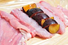 Free Rabbit Meat With Plums Royalty Free Stock Images - 24846269