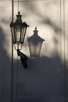 Free Old Lamp Royalty Free Stock Photo - 24846545