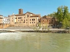 Ancient Island On Tiber River Royalty Free Stock Images