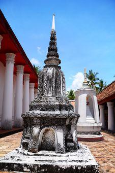 Free The Old Pagoda. Stock Photo - 24861390
