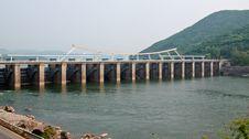 Free Paldang Dam Royalty Free Stock Photos - 24875368