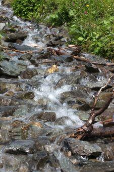 Free Mountain Creek Stock Image - 24875751