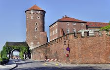 Free Tower, Gate And Wall Of Wawel Castle Royalty Free Stock Images - 24884889