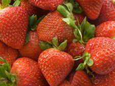 Free Strawberries Royalty Free Stock Image - 2492346