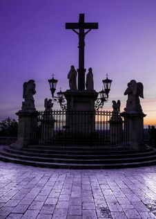 Free Avignon Cathedral Cross At Sunset Stock Image - 24902941