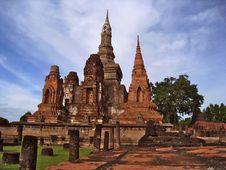 Free Wat Phra Mahathat Royalty Free Stock Photography - 24922997