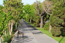 Free Walkway Royalty Free Stock Image - 24931106