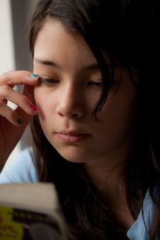 Free Reading Girl Stock Photography - 24937962