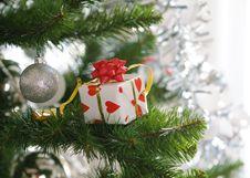 Free Gift On Christmas Tree Stock Photos - 24977243