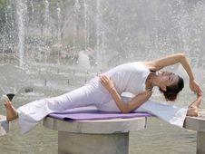 Free Lake Yoga Stock Photos - 24981853